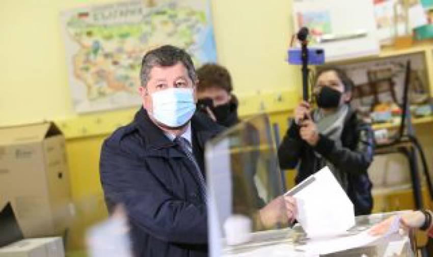 Христо Иванов: Призовавам всички да излязат и да гласуват за промяна