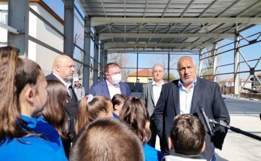 2,7 млн. дози от ваксината на Пфайзер идват в България до 2 месеца