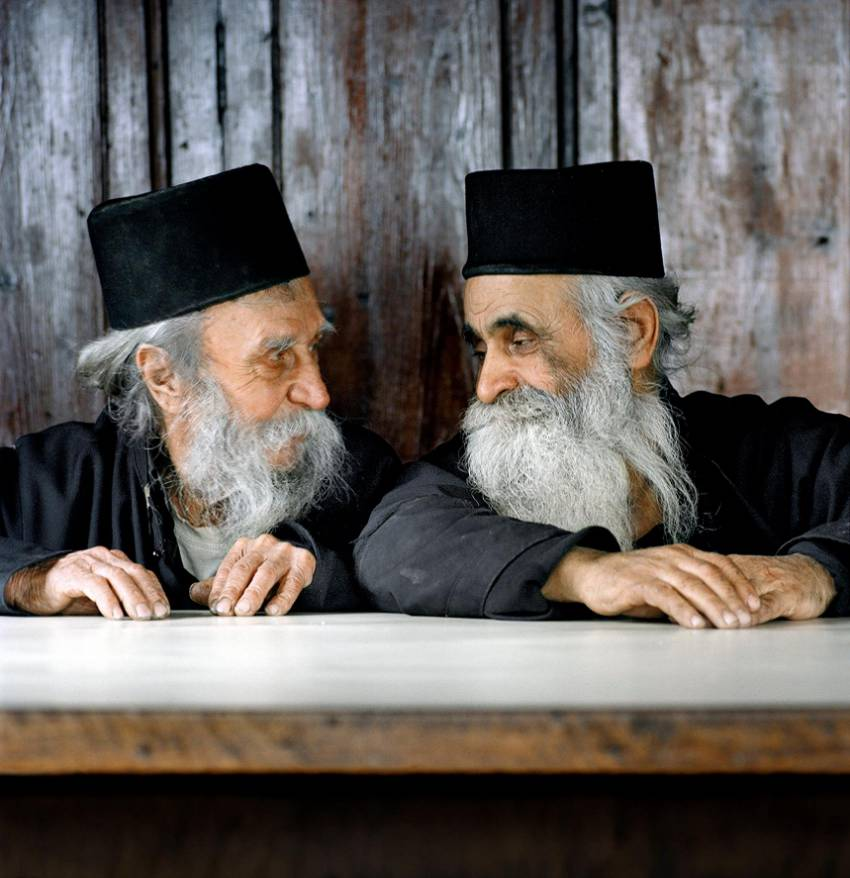 """Международните фотографски срещи започват утре с изложбата - """"Атон – цветове на вярата"""""""